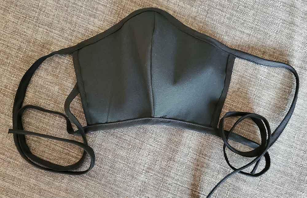 Masque protecteur personnel couleur noir, fait au Québec